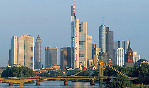 frankfurt city guide germany accommodation engine. Black Bedroom Furniture Sets. Home Design Ideas