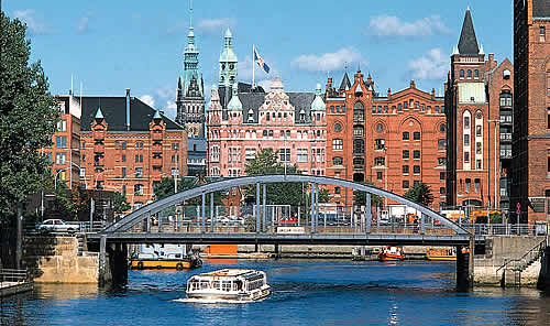 hamburg city guide germany accommodation engine. Black Bedroom Furniture Sets. Home Design Ideas