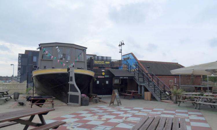 Dry Dock Leicester United Kingdom Accommodation Engine